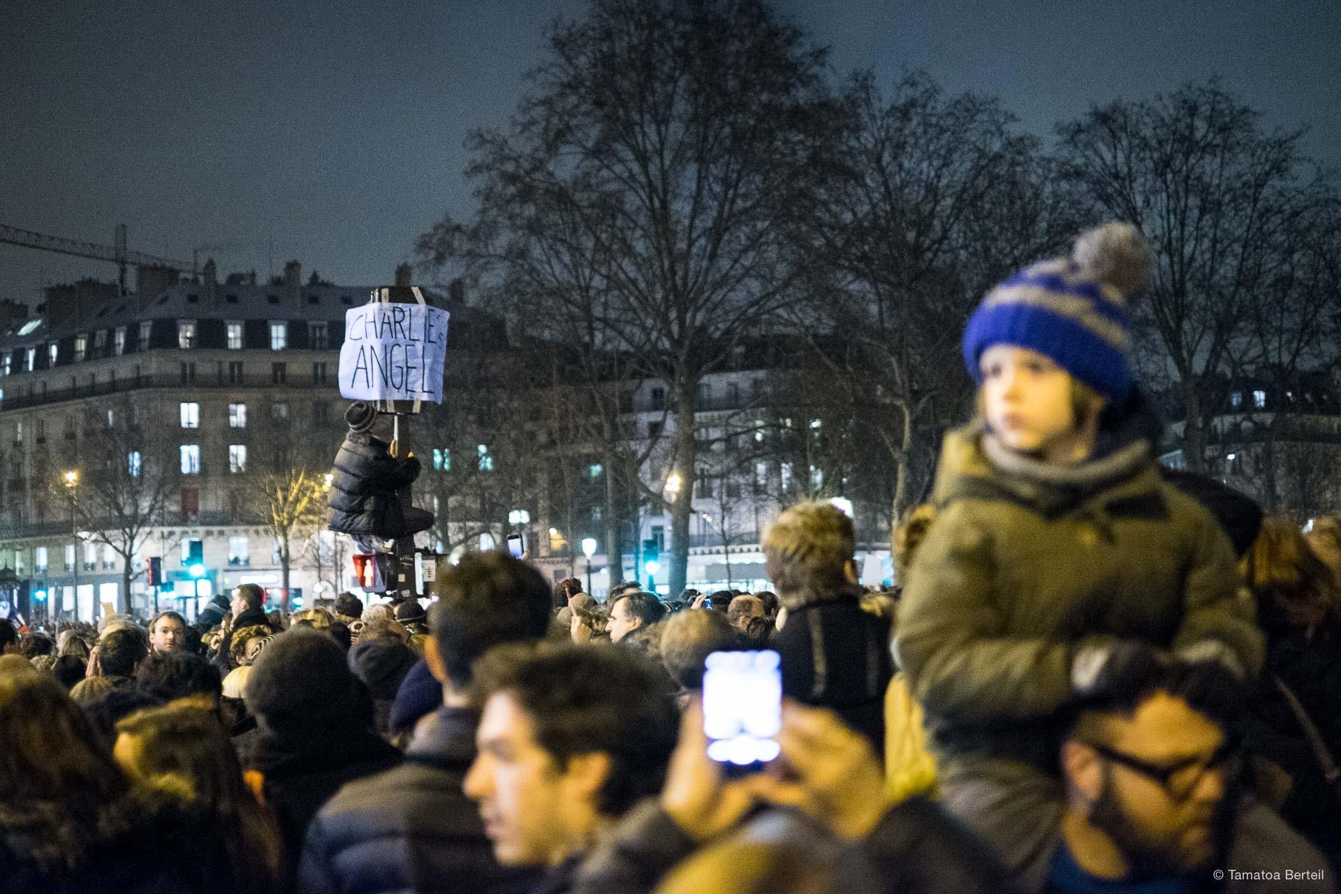 2015-01-07-Charlie_Hebdo-3