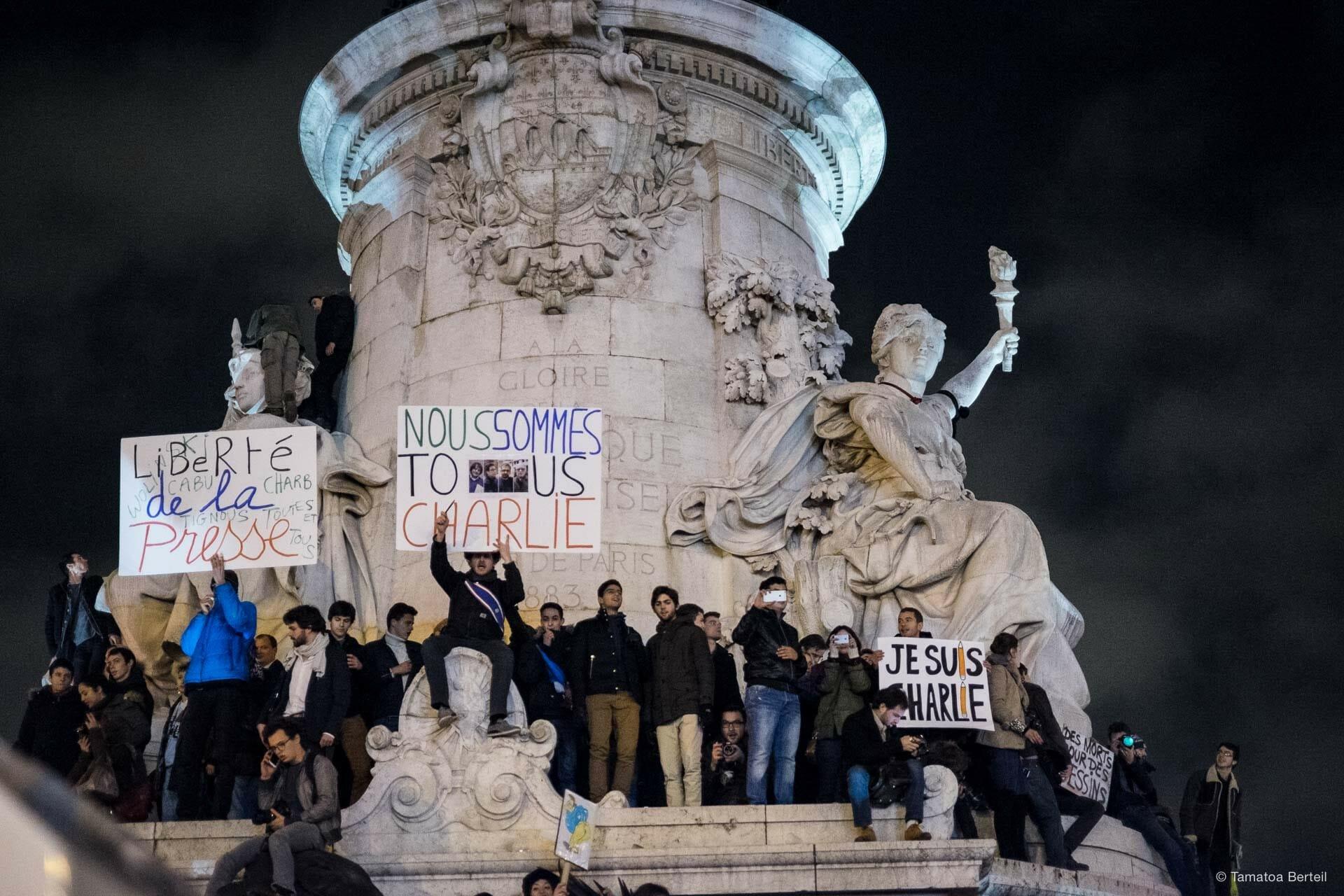 2015-01-07-Charlie_Hebdo-7